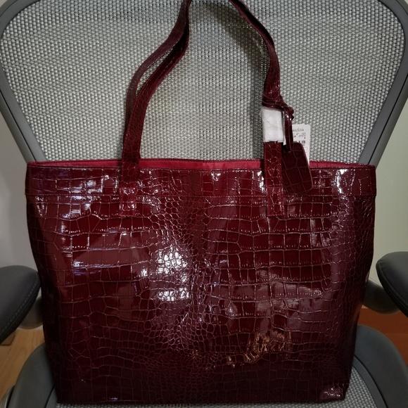 Neiman Marcus Handbags - Neiman Marcus tote bag -- NEW